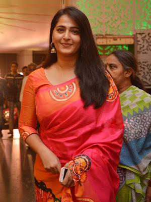 Anushka Shetty Beautiful Saree Stills, Sexy Anushka Heroine Hot 5