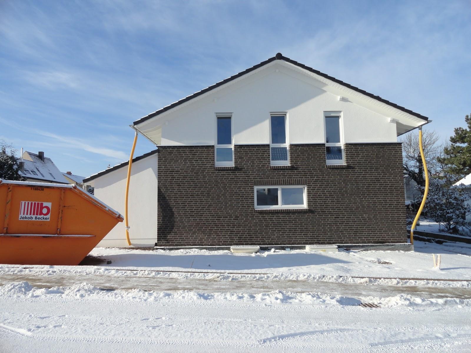 wir bauen die rebstock allee mit gussek unser haus im schnee. Black Bedroom Furniture Sets. Home Design Ideas