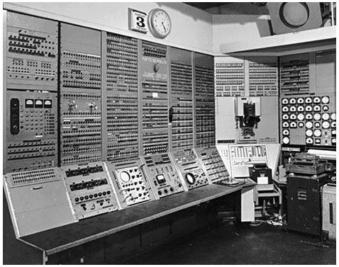 Kapan komputer pertama kali ditemukan?