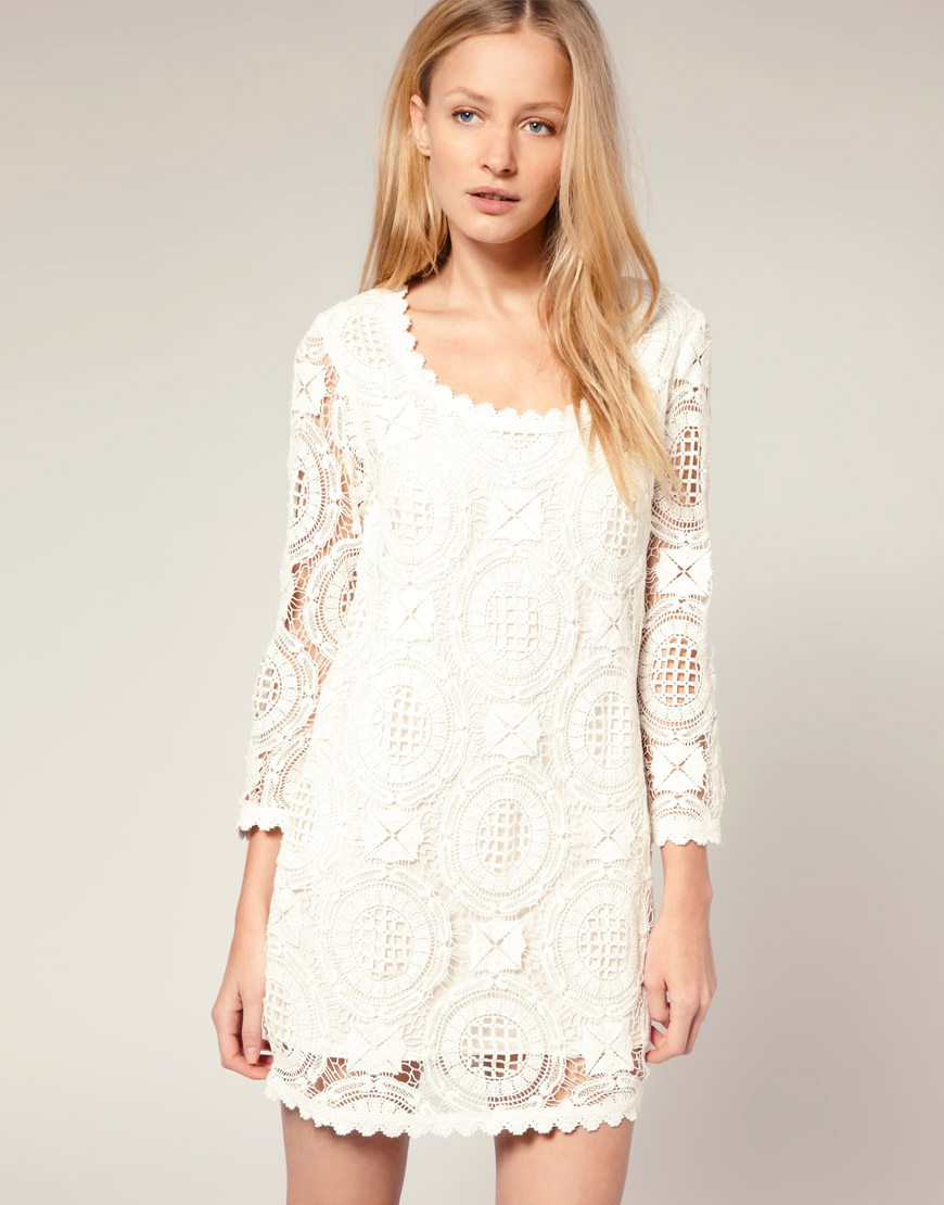 LoveBrownSugar: Ask LBS: White Lace Dresses