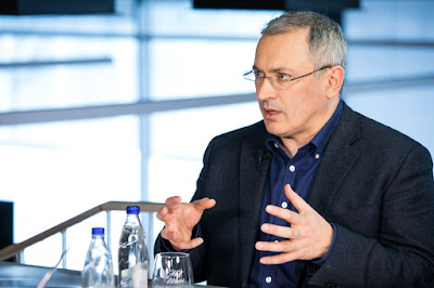 Ходорковский: «Черный лебедь» может прилететь к Путину в любой момент — Delfi
