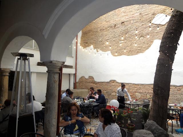 Ajiaco(アヒアコ)を食べたコロンビアのオシャレなレストラン