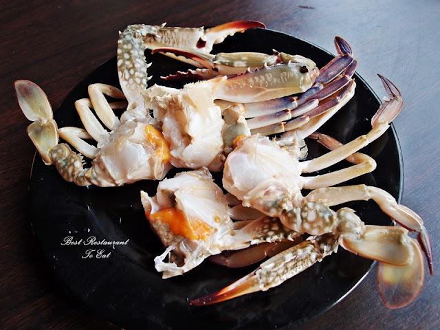D'Kayangan Steamboat BBQ Buffet Restaurant Shah Alam Crabs