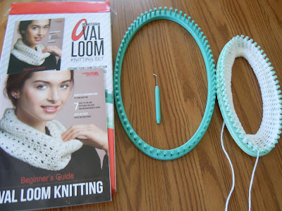 Review of the Ultimate Oval Loom Knitting Set a Beginners Loom Guide