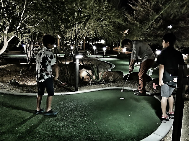 Marriot Shadow Ridge, Palm Desert in the Enclaves mini golf.