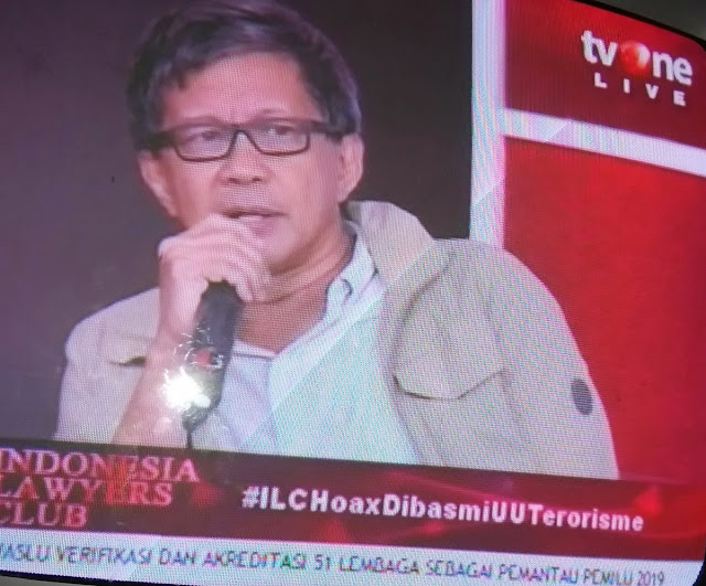 Rocky Gerung: Jokowi Orang Pertama Yang Dihukum Bila Hoax Dijerat UU Terorisme