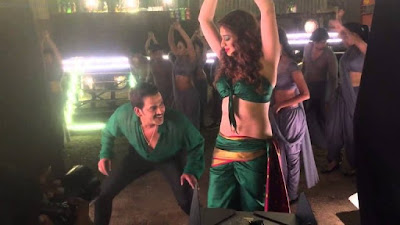 Julie 2 Movie Working Stills
