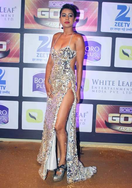 TV Actress Nia Sharma hot legs photos, Nia Sharma silver gown photos