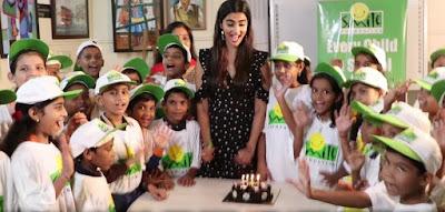 Pooja-hegde-celebrates-bday-with-smile-foundation-kids