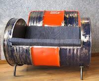 sillón individual hecho con un tanque