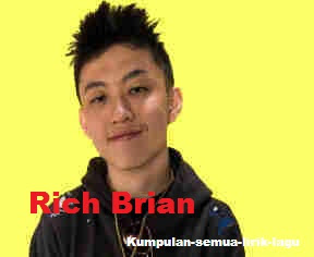 Lirik Watch Out! dari Rich Brian