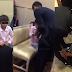 (Video) Netizen Sayu Tonton Video Anak Enggan Berpisah Dengan Ibu Selepas Dapat Perintah Mahkamah