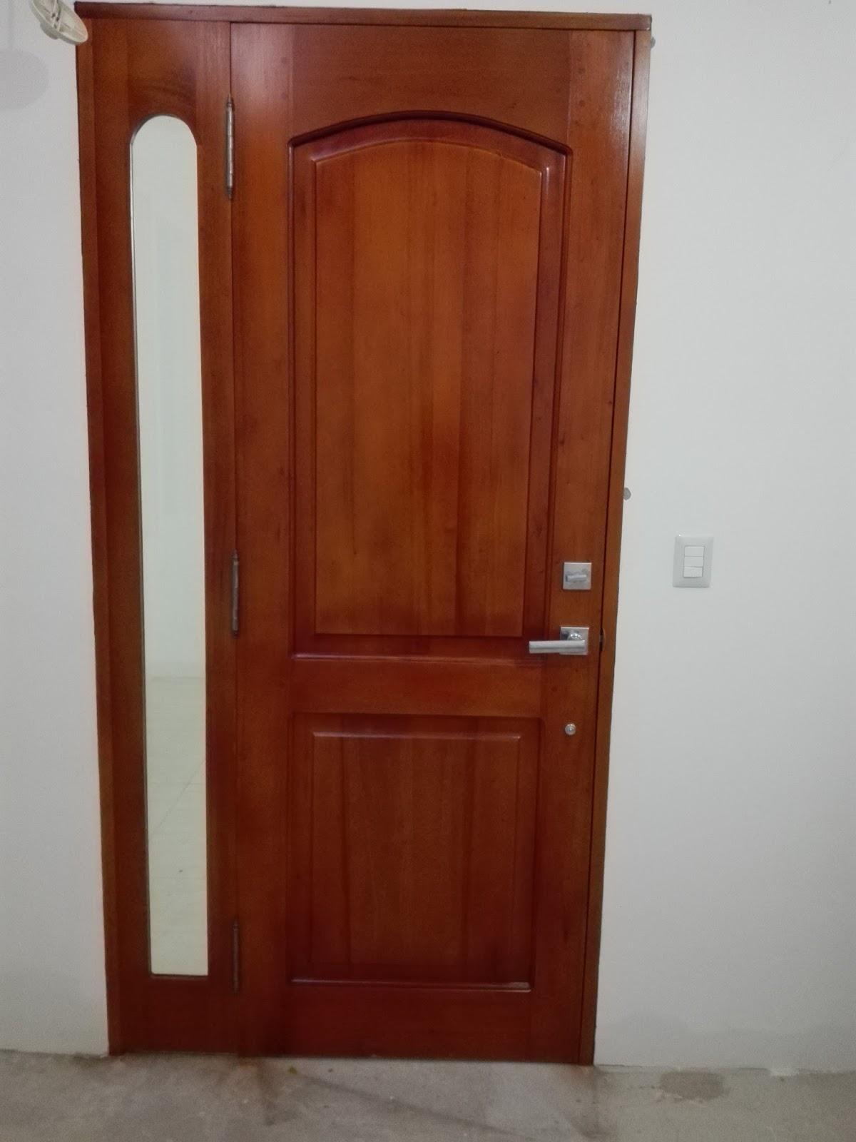 Puertas de madera s lida lolo morales furniture estilos for Estilos de puertas de madera