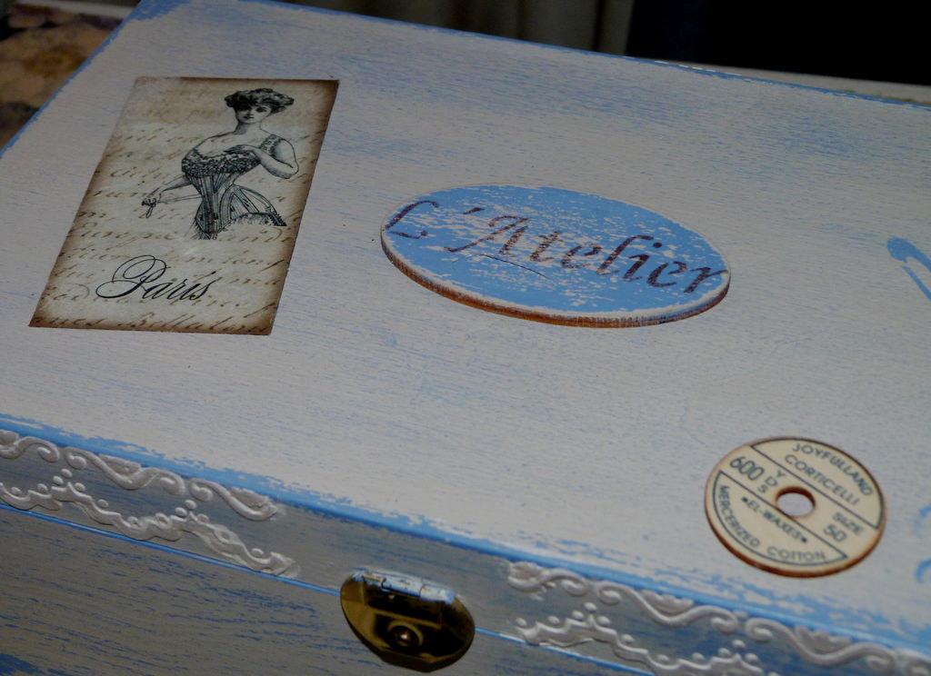 Caja Madera Decorada Con Relieve