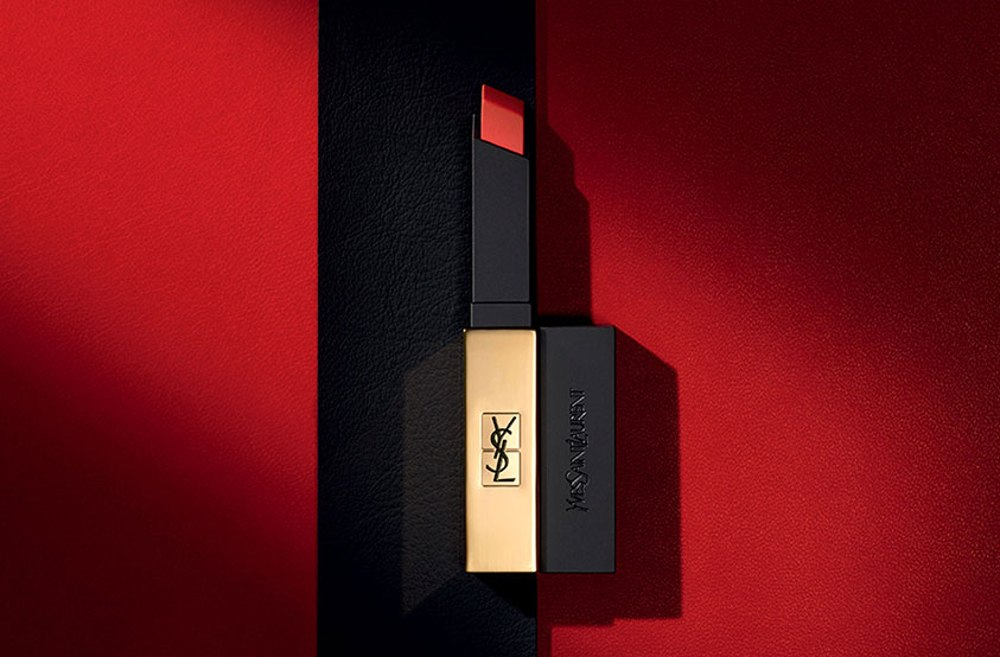 Son Ysl Slim Matte 11 | The Art of Mike Mignola