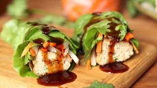 LETTUCE WRAPPED CHICKEN SAUSAGE WITH SOY-OYSTER DIPPING SAUCE