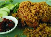 Ayam goreng dengan teburan kremesan telah banyak diminati oleh semua kalangan alasannya yaitu cita RESEP AYAM GORENG KREMES