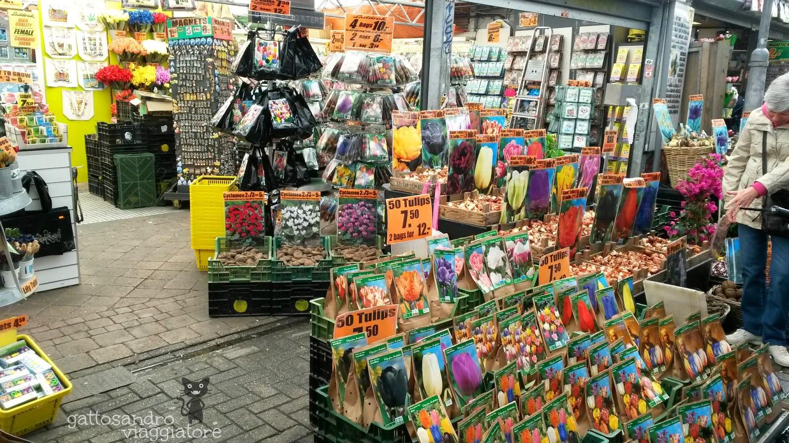 Il mercato dei fiori galleggiante sul Singel - Amsterdam.