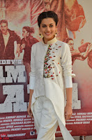 Taapsee Pannu Looks Super Cute in White Kurti and Trouser 14.JPG