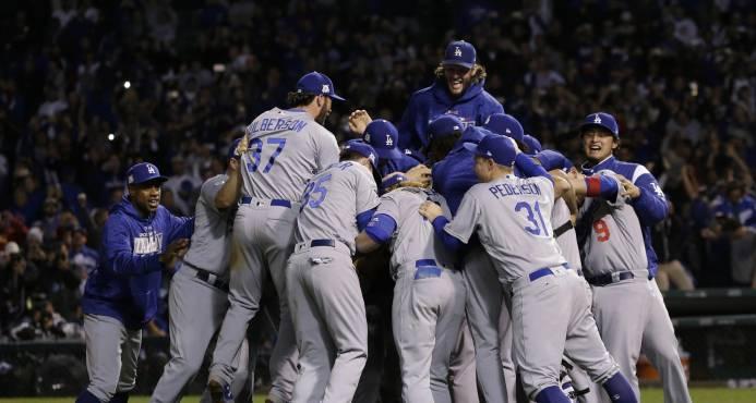 Astros de Houston y Dodgers de los Ángeles, dos titanes de 100 victorias que se miden en la Serie Mundial