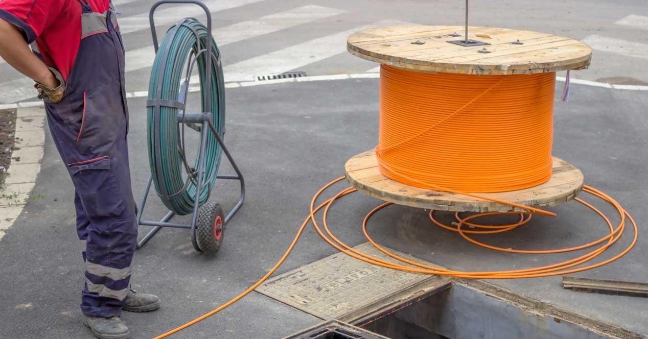 Operadores fibra local