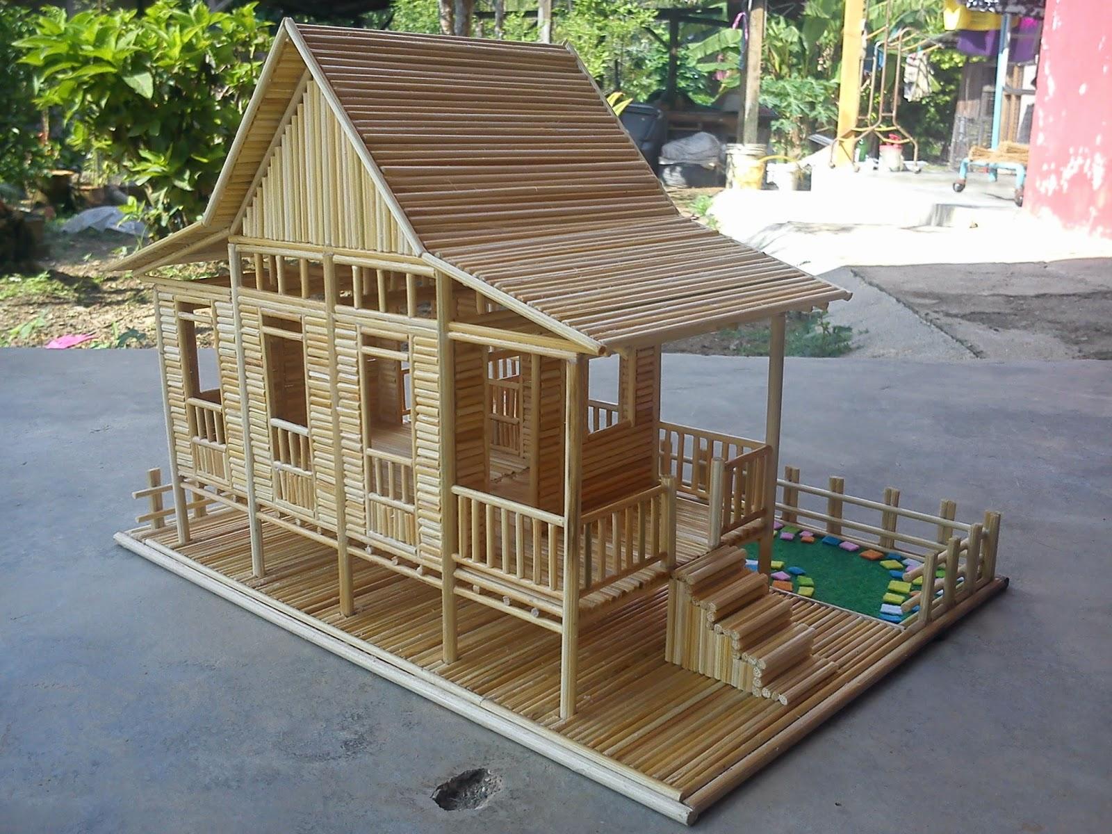 Rumah Kampung Atap Melaka