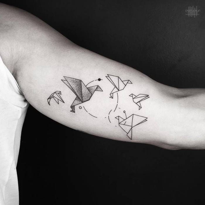 Okan Uçkun, a talented tattoo artist from Turkey, became famous for his minimalist works. Okan now works in Istanbul, New York and Los Angeles