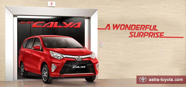 Eksterior Toyota Calya dari depan