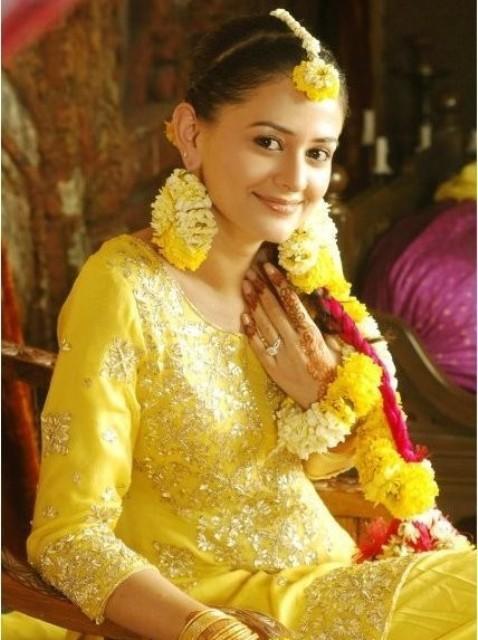 Trends Hairstyle Haircuts 2013: Pakistani Mehndi Dresses