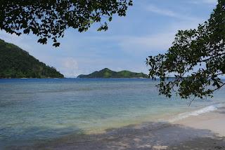 pantai di pulau pasumpahan padang