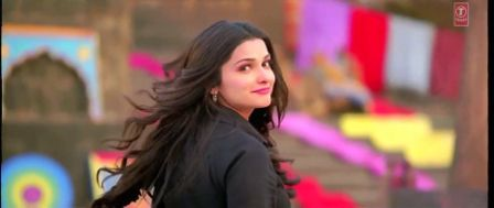 Single Resumable Download Link For Promo Video Of Bol Bachchan (2012)