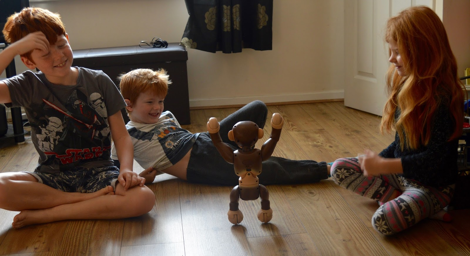 Zoomer Chimp Review | kids love him
