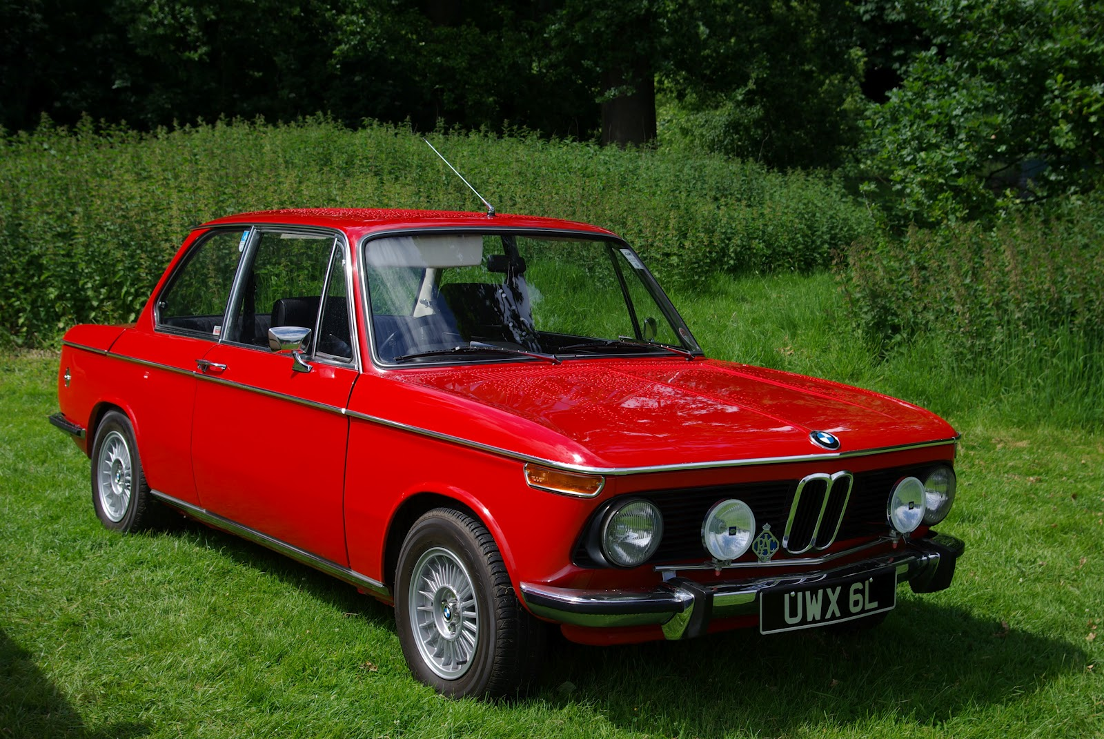 Classic Car Posters Bmw 2002