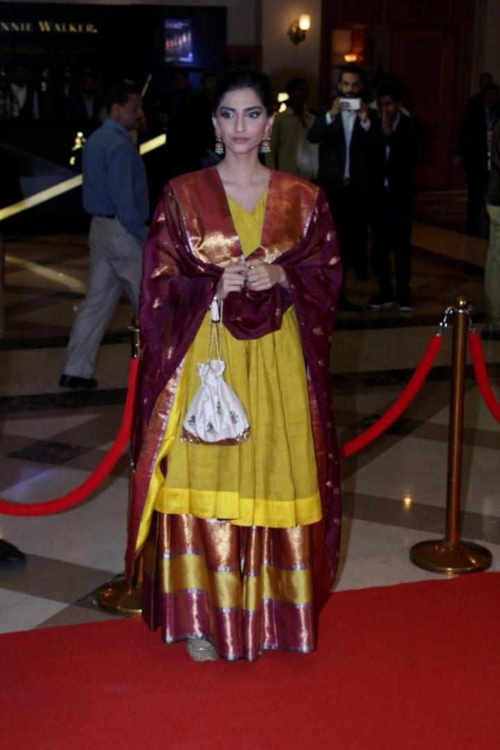 Sonam Kapoor At Lokmat Maharashtra Most Stylish Awards In Yellow Dress
