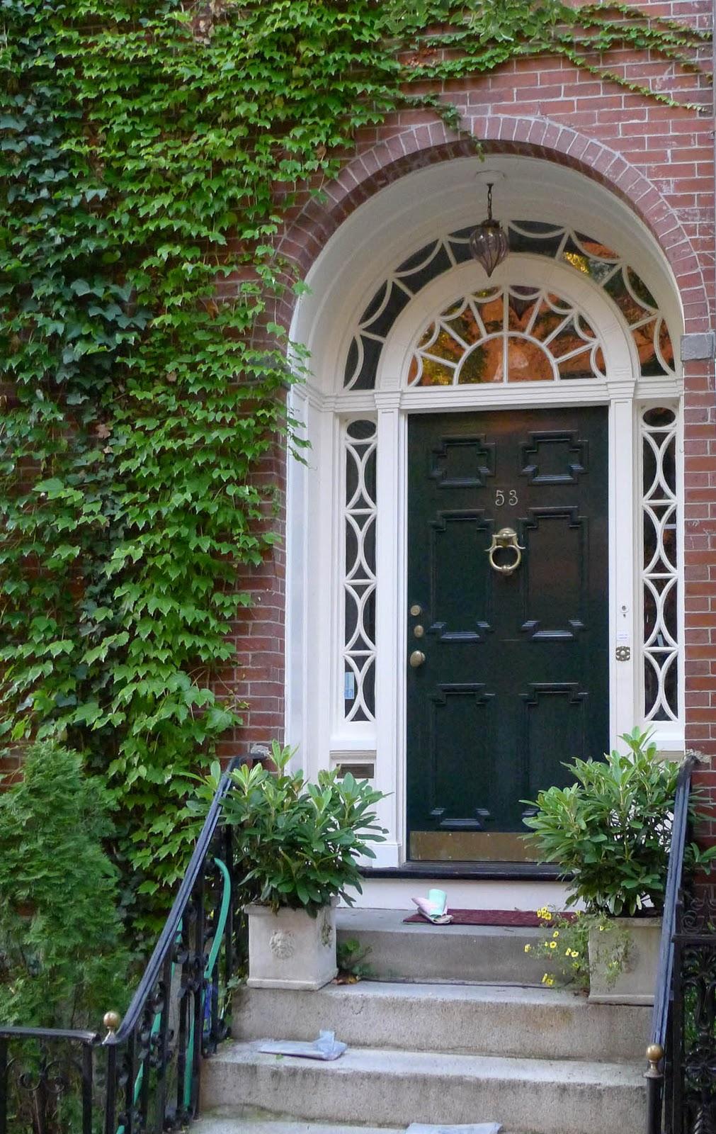 Doors Design: Hamptons Garden: Making A Grand Entrance