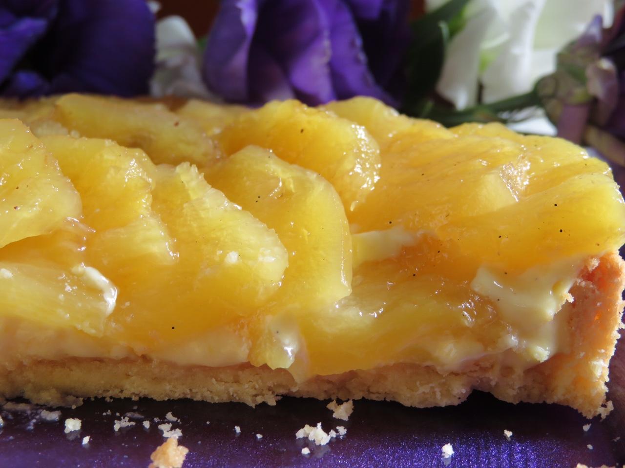 Limon Kremalı Ananaslı Tart