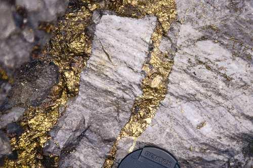 Que Tipos de Solo o Ouro pode ser Encontrado