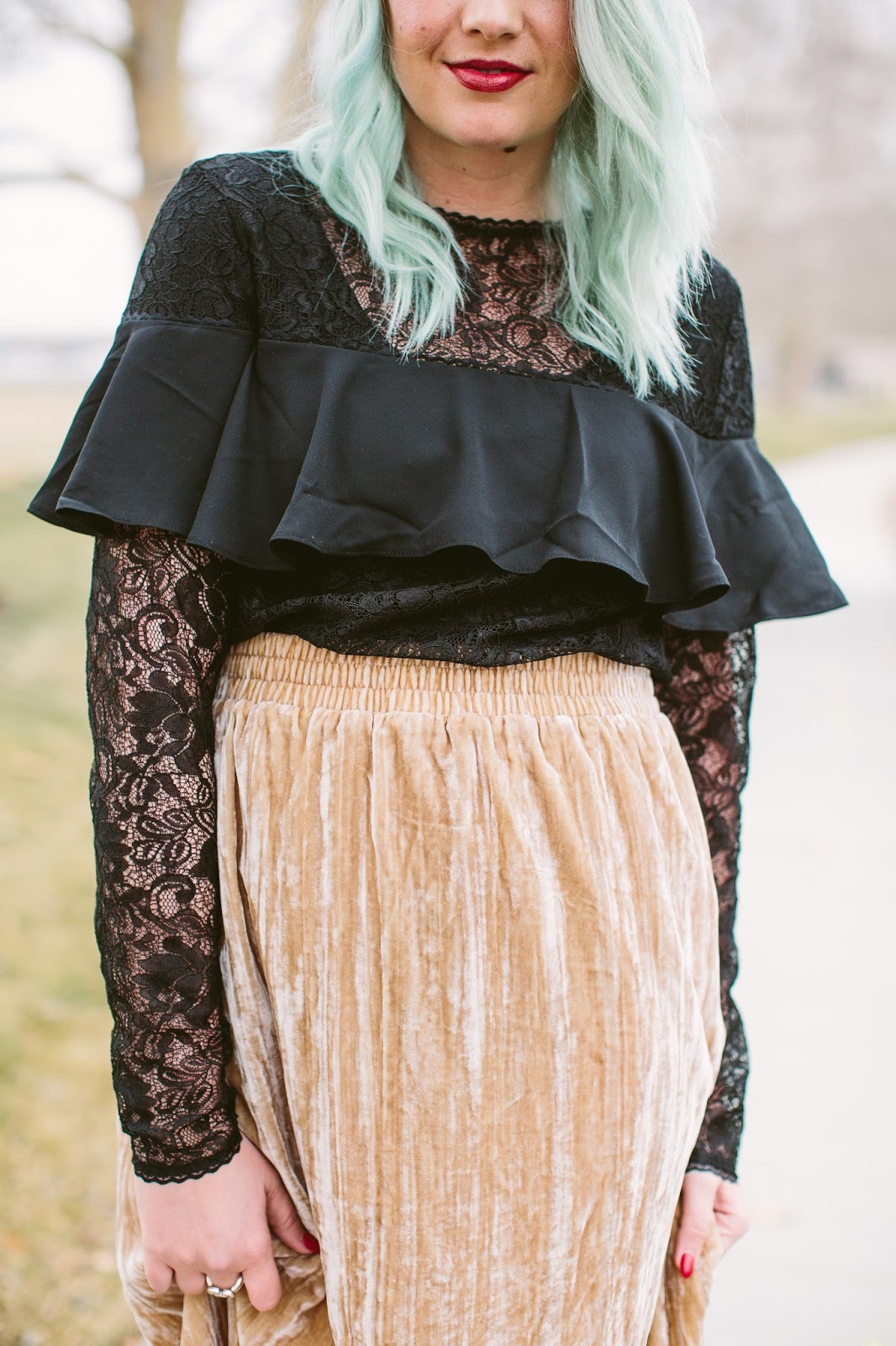 Ruffles, Gold Skirt, Black Lace, Mint Hair