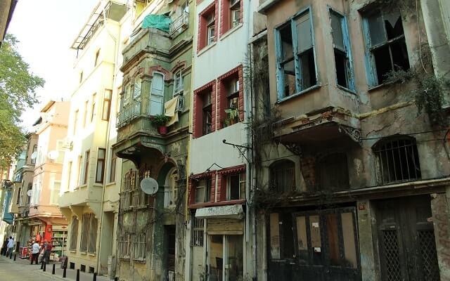 Balat'ta-kentsel-dönüşüm-sürüyor