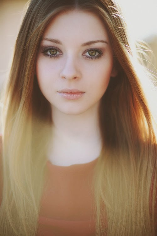 Hermione Corfield photos