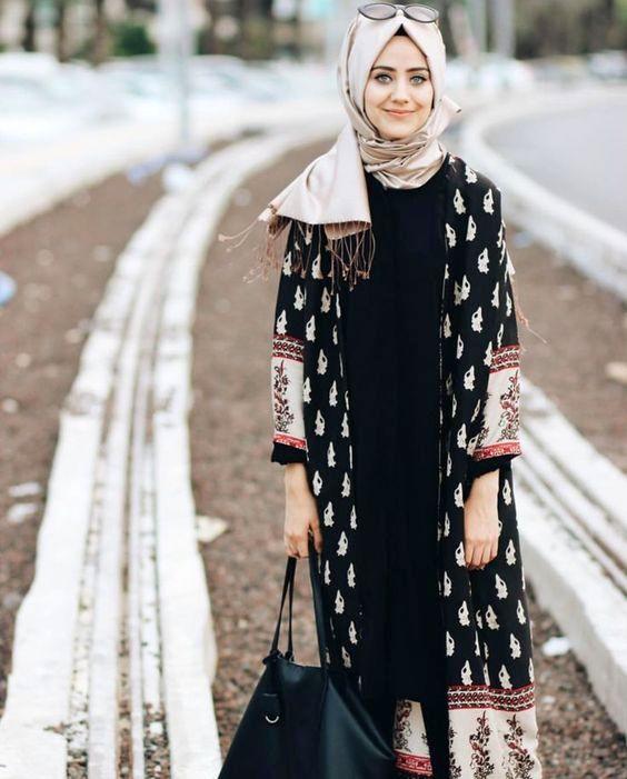 contoh model Busana Muslim Dress