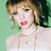 Carly Rae Jepsen já tem 100 músicas prontas para o próximo testamento do pop