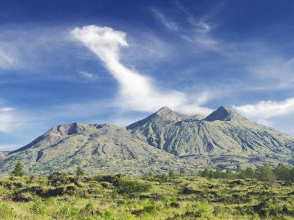 6 Beautiful Mountain On Bali Island That Became The Main Ascent Object