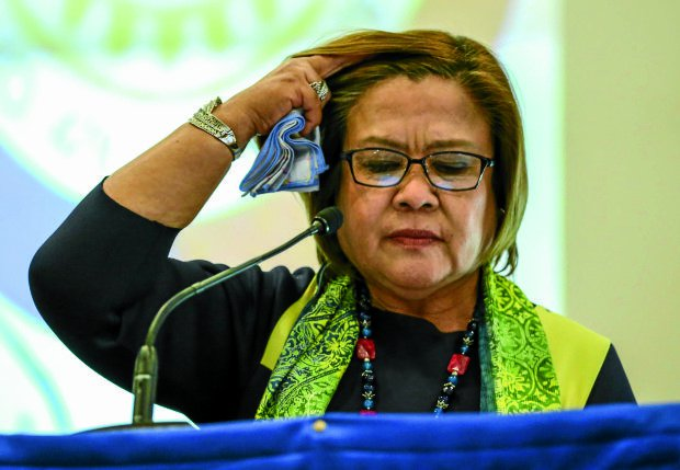 Ex-NBI deputy directors file drug complaints vs. De Lima, calls her 'mother of drug lords'