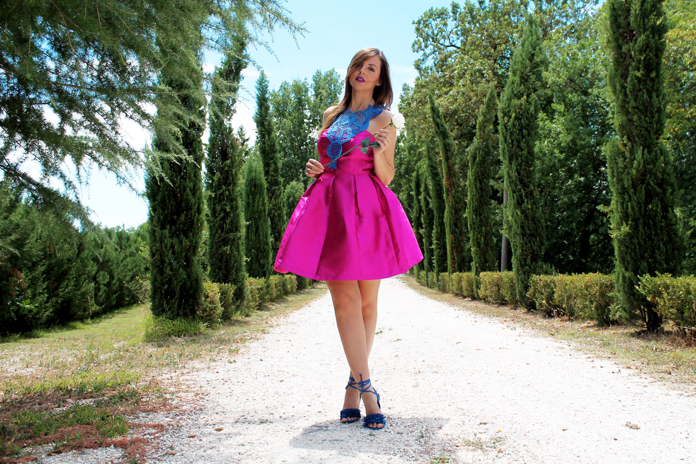 mini abito rosa fucsia outfit