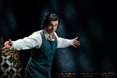 Davide Luciano - Le nozze di Figaro - Glyndebourne - photo Robbie Jack