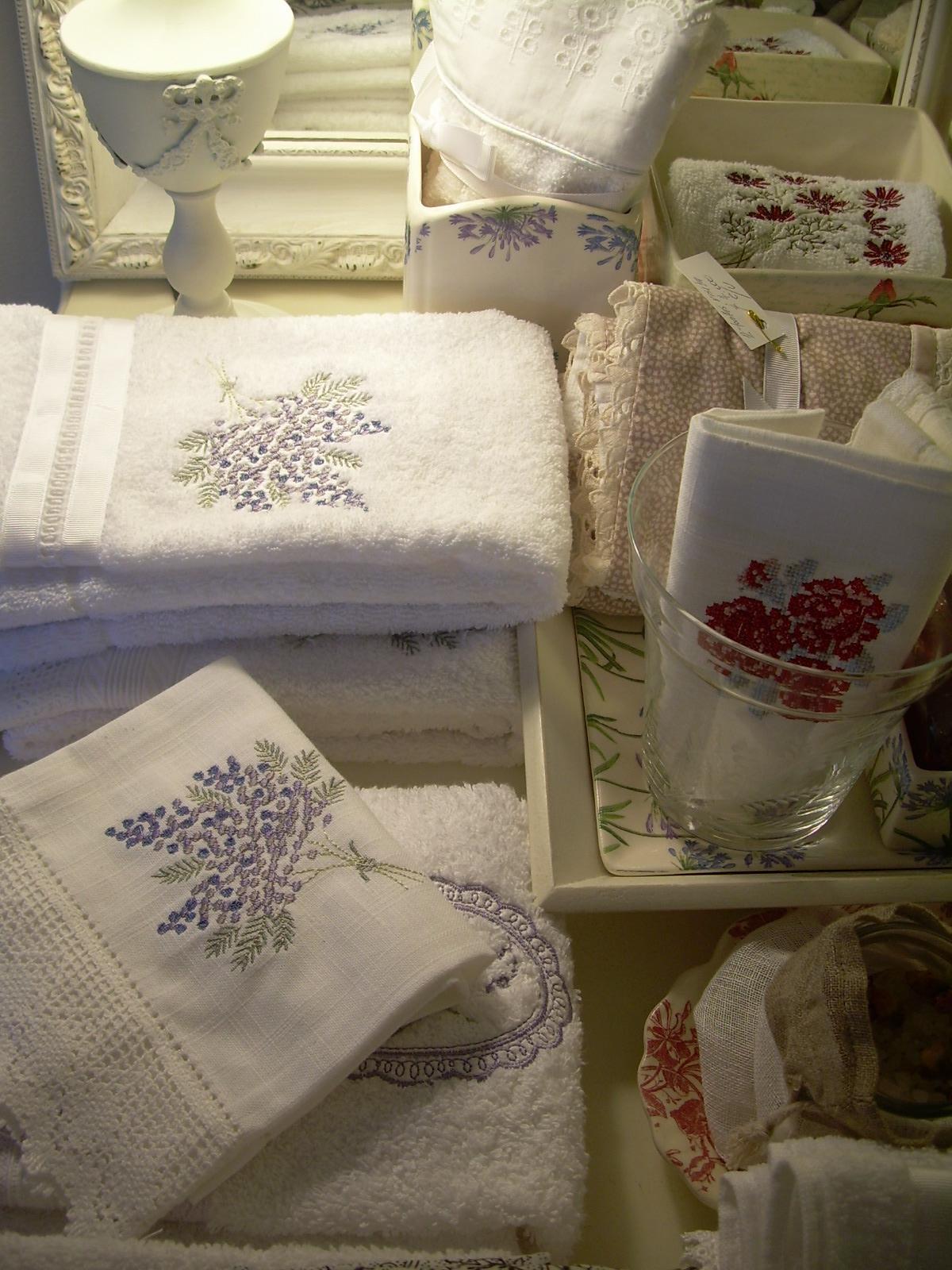 Paz montealegre decoraci n cortinas de ba o accesorios for Cortinas y accesorios de bano