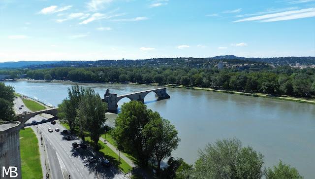 ponte Saint-Bénézet Avignone Francia