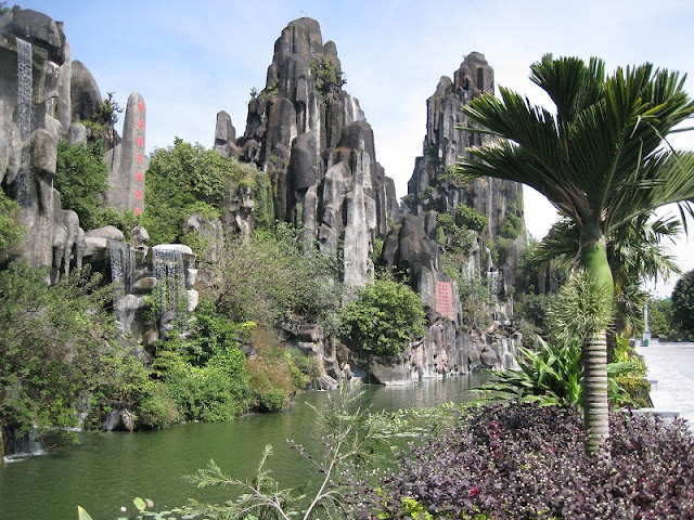 Da Nang Marble Mountains 2