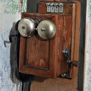 Telefone da Casa Comercial - Parque Histórico Municipal Jorge Kuhn, Picada Café